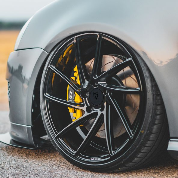 yellow golf R brake caliper paint